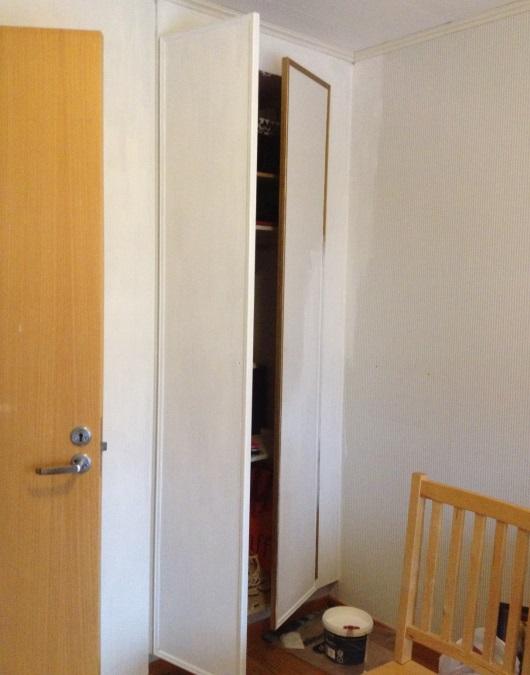 Garderobsdörrarna skall snart bli fina